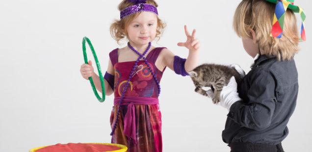 Manege frei: Zirkusspiele mit kleinen und großen Kindern