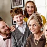 Sponsored Video: Die Weihnachtsepisode der Familie Heins: Es geht auch mal ohne Smartphone & Co