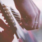 Nicht aller Anfang ist schwer: leichte Gitarrenlieder
