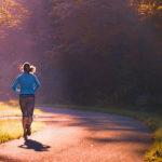 Buchtipp: Gesund abnehmen mit Sport und aktiv das Leben genießen